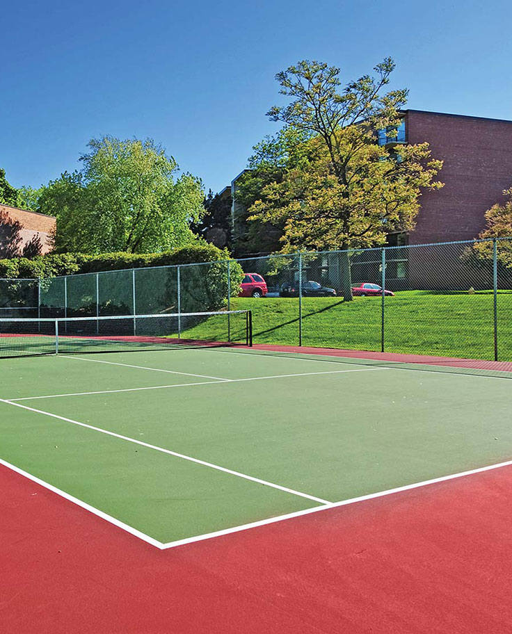 Eldridge Townhomes Tennis Court - Elmhurst, IL